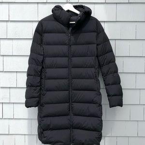 UNIQLO. 3/4 Length Puffer Jacket. Size XL. Black.